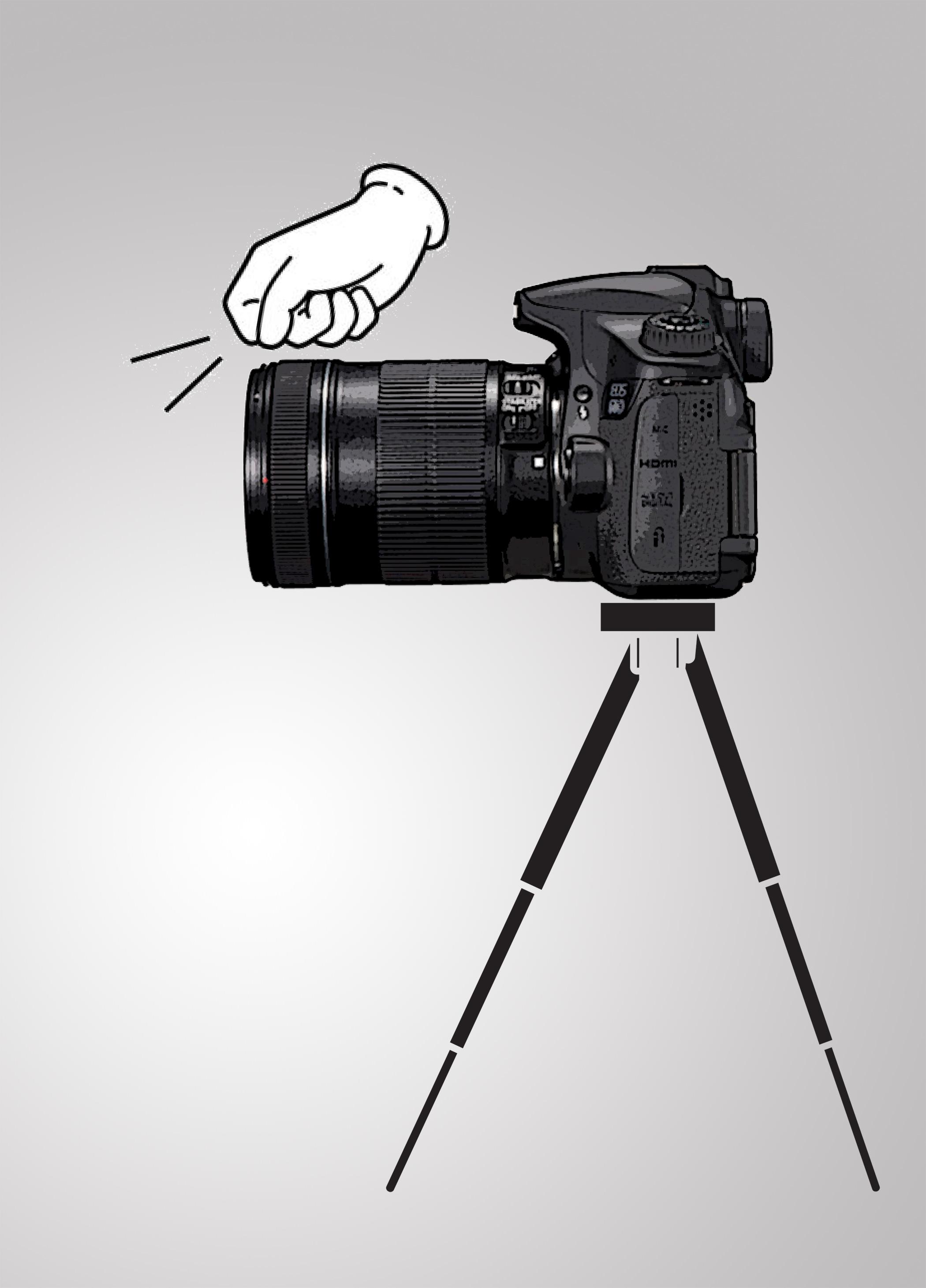 三脚-カメラ叩く