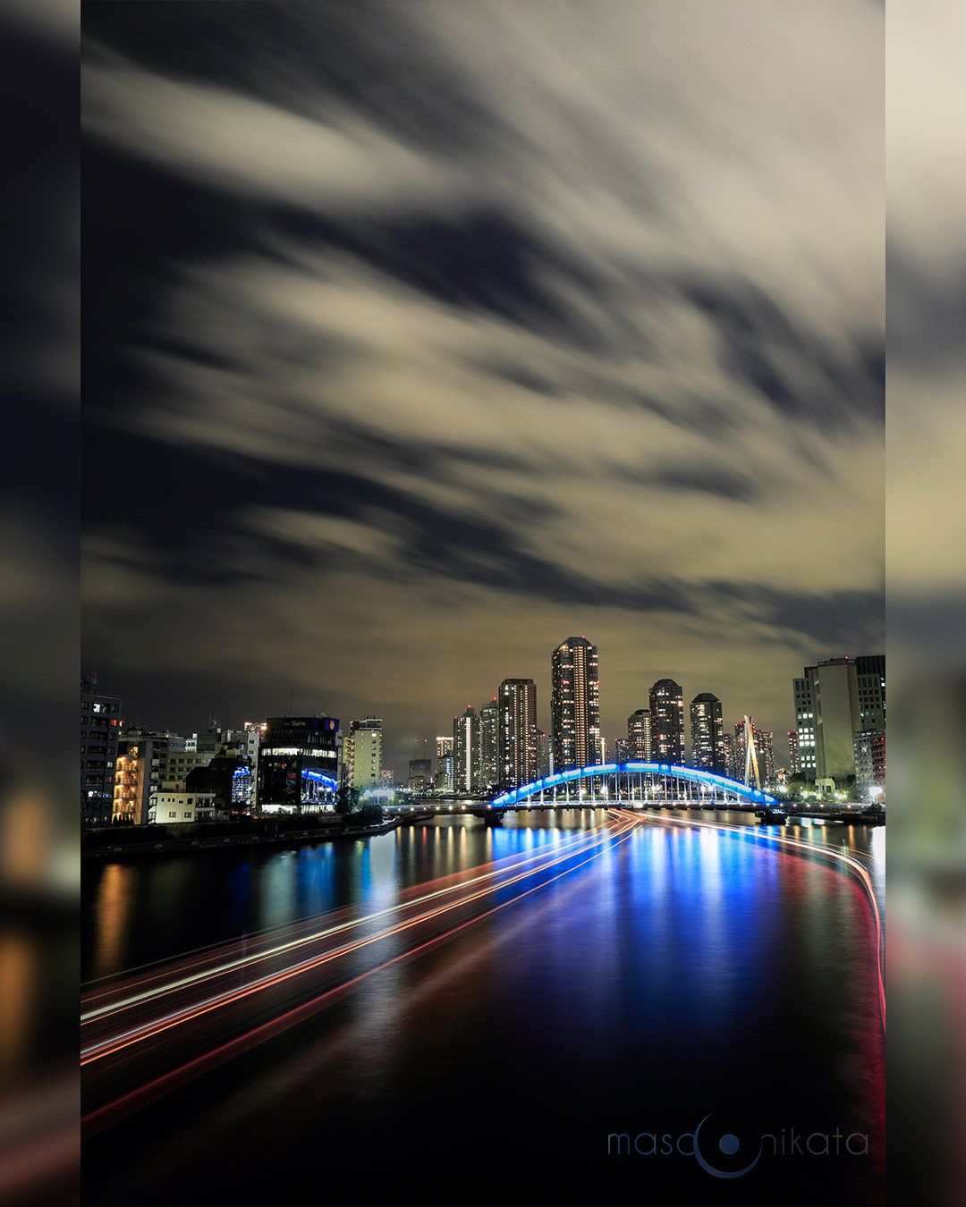 when_the_night_sets_in_blurred_bg