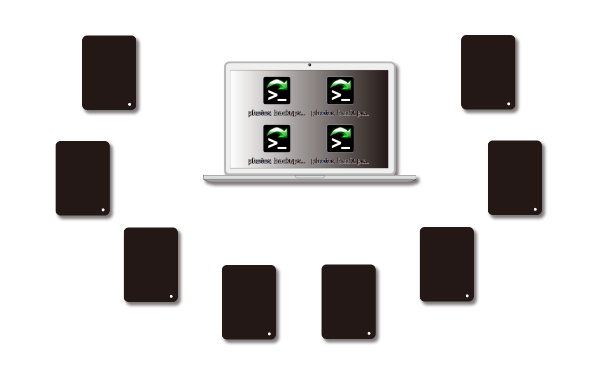 パソコン_and_8_HDDs